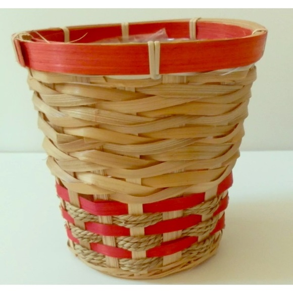 """Other - CHRISTMAS RED & JUTE  BASKET 5/1/2"""" Planter LINED"""